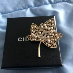 Chanel Leaf Brooch Authentic